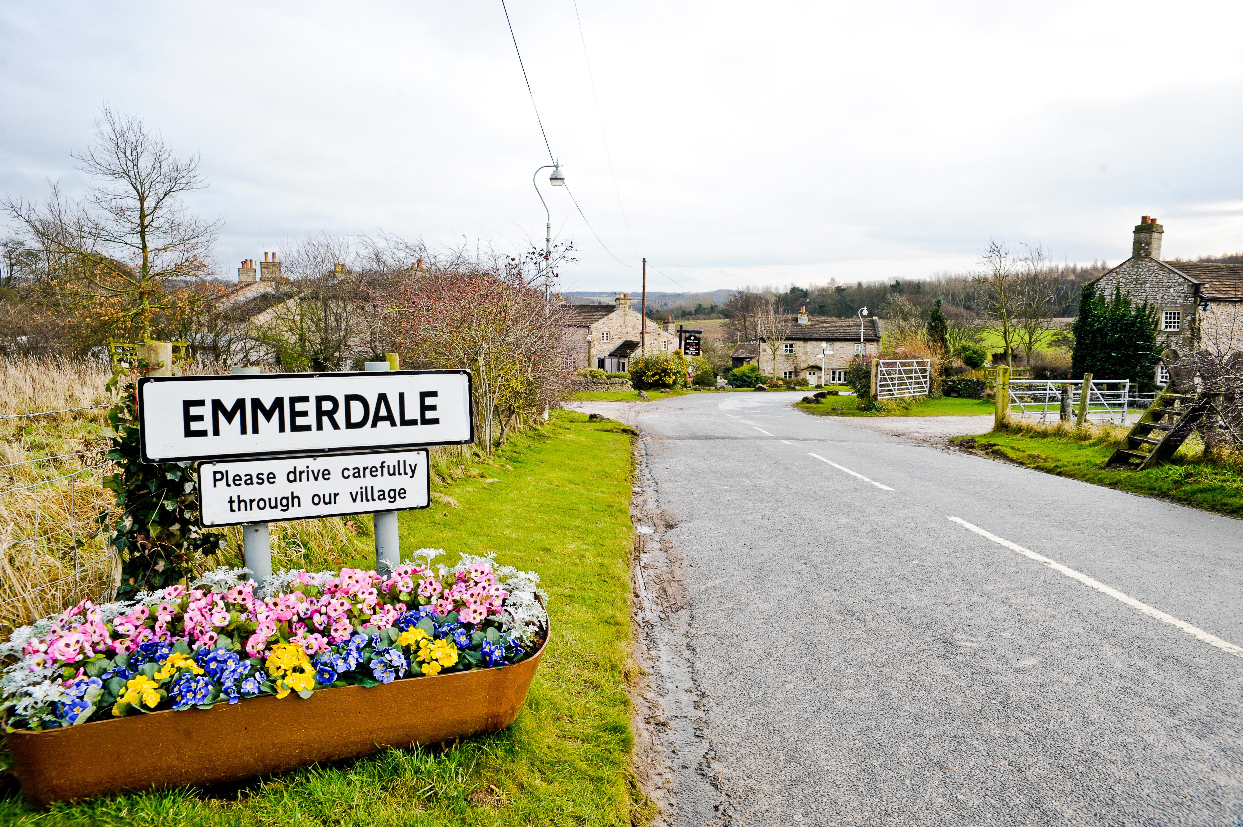 Emmerdale_Sign_Flowers.jpeg